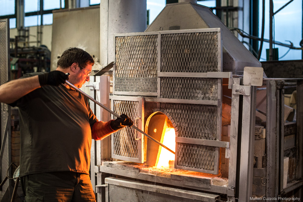 glass factory process